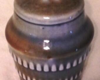 WADE Salt Shaker
