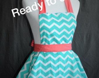 READY TO SHIP //fun and flirty retro full kitchen apron teal chevron
