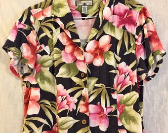 Floral Short-Sleeved Fitted Blouse (W M/L)