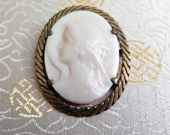 Virgin Mary Brooch - French Religious Brooch - Our Lady - Madonna - Celluloid - French Ivory - Ivorine - Catholic Gift - Trombone Clasp