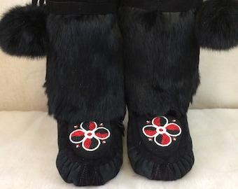 Women's Size 9 Mid Calf Native American Mukluks