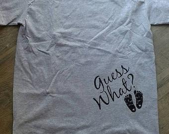 Devinez ce que la grossesse la - preggers shirt - chemise révèlent annonce bébé - faire-part de naissance de chemise - nouvelle annonce de bébé - grossesse-