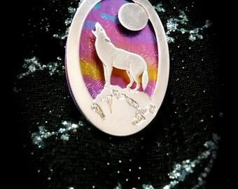 wolf pendant, animal totem wolf necklace, niobium handmade pendant, gift ideas wolves,  metal niobium jewelry, nature jewelry wolves