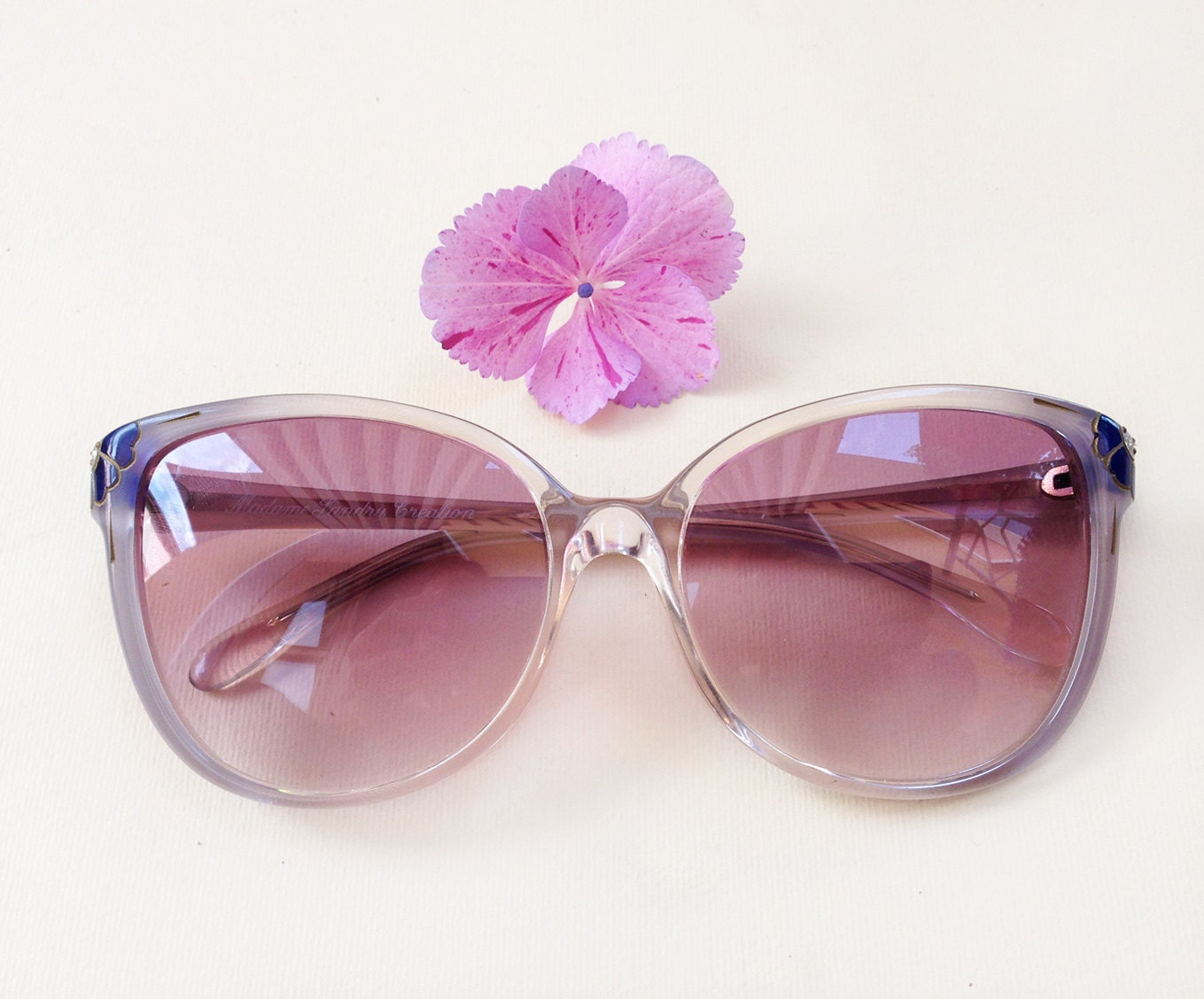 años 70 gafas de sol de diamantes de imitación vendimia stock