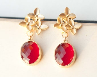 Golden Bouquet Earrings With Red Glass Drops