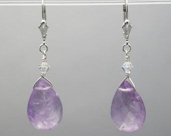 Amethyst earrings / Light purple earrings / Amethyst briolette earrings / Amethyst crystal earrings / Light Amethyst dangle earrings