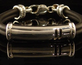 Ladies Bracelet. Sterling Silver 925. Rubber.