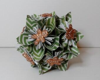Small Kusudama Flower Ball Ornament (Gingerbread Men V4)