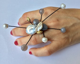 Pearl and Agate Ring