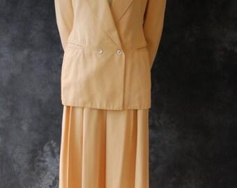 """Vintage 1980's 1990's Claude Montana peach pants suit 30"""" waist"""
