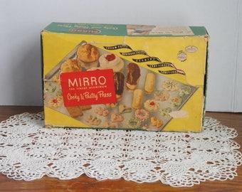 Vintage Mirro Cooky & Pastry Press