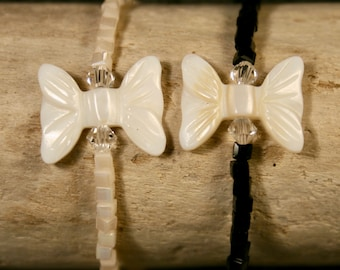 beaded bracelet of Crystal and Pearl bow