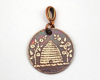 Copper floral beehive pendant, small round flat beekeeper jewelry, 25mm