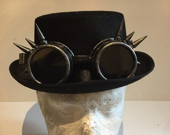 Steampunk Top Hat With Silver Antique Effect Spikey Goggles