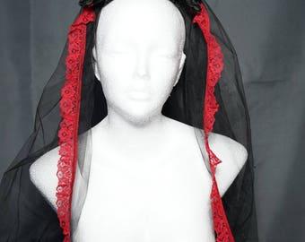 Black red veil with roses / schwarzer roter Hochzeit Schleier mit Rosen