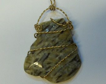Wire Wrapped Graphic Granite Pendant / Handcrafted 14K Gold filled Jewelry