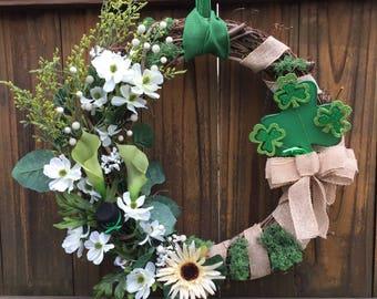 Shamrock wreath; St. Patrick's Day Wreath; St. Patty's decor; Irish Wreath; Spring Wreath;