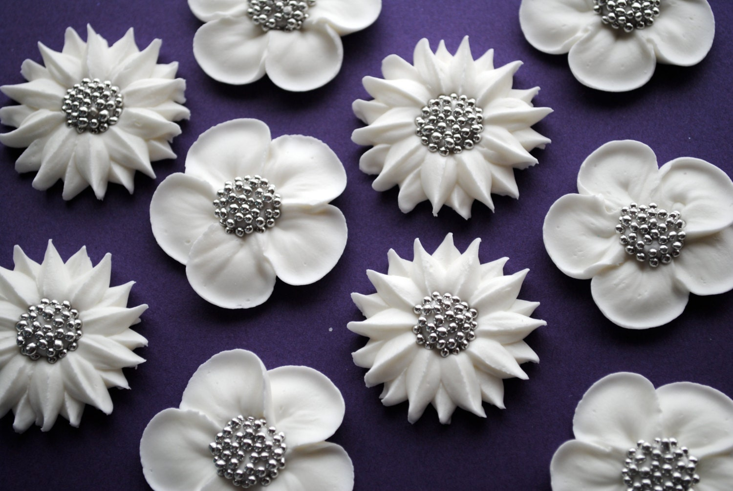 Perfect White Icing Flowers Sketch Wedding And Flowers Ispiration