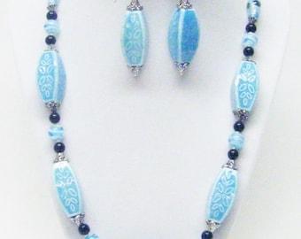 Large Light Blue Ceramic w/Leaf Patterns Necklace & Earrings Set