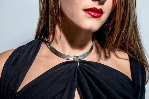 Silk scarf bondage restraint, julia louis dreyfus ass pics