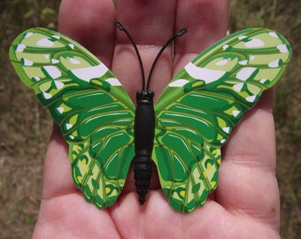 1 BUTTERFLY DECORATION, REFRIGERATOR DECOR.  GREEN MAGNETIC MULTI COLOR. 8 X 5.6 cm. NO. 6