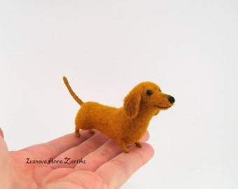 Felt dog felt toy needle felted animal miniature Dachshund miniature dog needle felted dog Dachshund Dog tiny dog brown Dachshund blythe