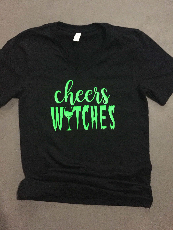 Womens jubelt Hexen die V-Neck schwarz-Shirt mit Neon grün