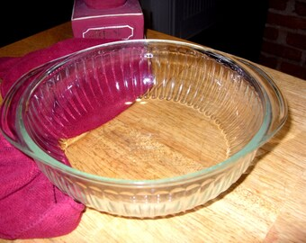 Pyrex Vintage Casserole Dish, Clear Glass Ovenware, Pyrex Casserole, Ribbed Clear Glass Bake-ware, 2 Quart Casserole