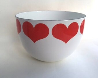 Fantastic Arabia Finel Enamel Serving Bowl with Hearts