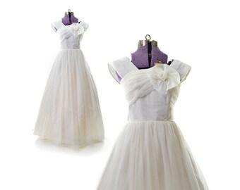 1950s wedding dress, 50s wedding dress, white prom dress, vintage formal dress, quincenera, debutatante dress