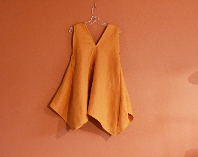 handmade to measure  linen origami seam flare top / super roomy at waist and hip area/ maternity fit too /