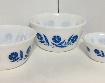 Beautiful Hazel Atlas Mixing Bowls Blue Flowers Nesting Bowls