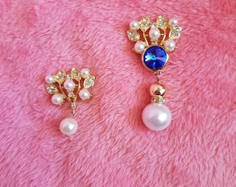 Gold and Pearl Pendants - You're choice if you would like these as a necklace or brooch.