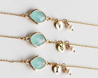 Bridesmaids Bracelet Gift, 14K Gold Plated, Personalized BirthStones initial Bracelet, flower girl, White Pearl Bracelet wedding jewelry