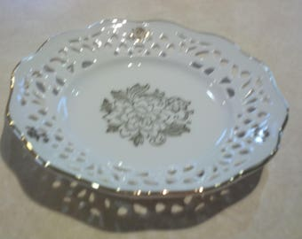 Scalloped Edge German Plate