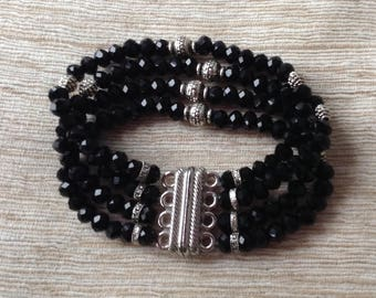 Black-silver glass crystal beads bracelet