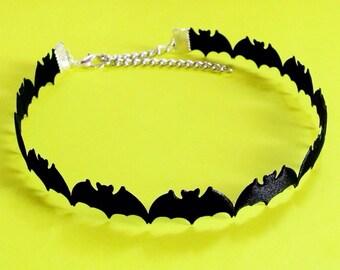 Bat Choker