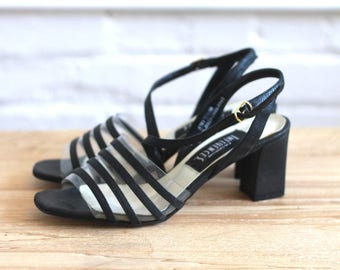 strapping -- vintage early 90s strappy chunky block heels size 7 1/2