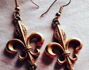 FLASH SALE Fleur De Lis Black Bead Dangle Earrings, Pierced Ears