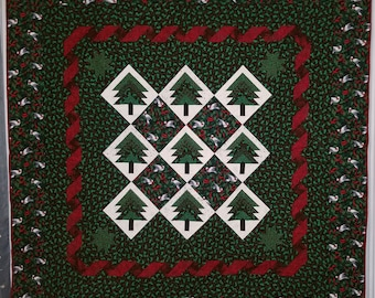 """Pine Tree Log Cabin Variation Quilt with Doves and Ribbon Border 84"""" x 84"""""""