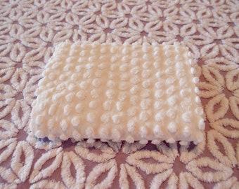 "Vintage Chenille white chenille handmade popcorn fabric piece, 24"" x 24"" - 300-80"