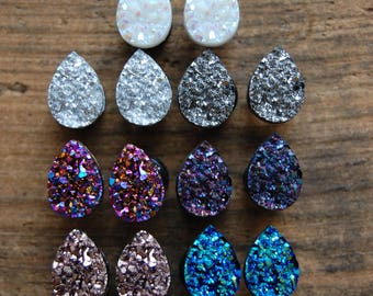 Tear Drop Shaped  Faux Druzy Rough Crystal Plugs Gauges. Opal White. Silver. Grey. Rose Gold.Purple. Blue. Pink 2g (6mm) 0g (8mm) 00g (10mm)