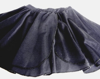 Girls black ballet ballerina dance skirt with tulip front in size S vintage from 1990s