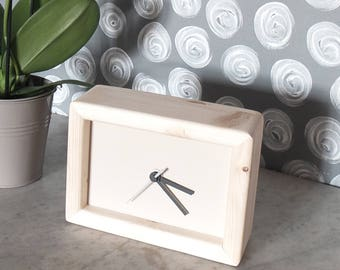 cream rectangular clock