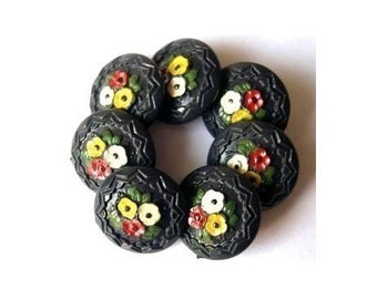 7 Vintage plastic painted buttons, flowers picture, collectible, rare, proper for button jewelry