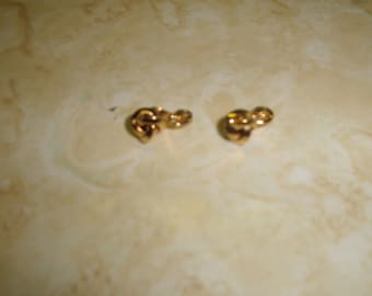 vintage clip on earrings goldtone small knot monet