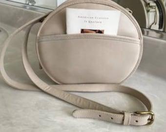 NEW Coach Vintage Cream Leather Large Round Crossbody USA