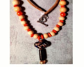 El carazon Orange and Ivory Necklace Pendant