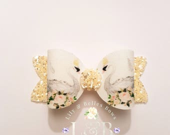 swan princess hair bow, swan bow, medium clip.