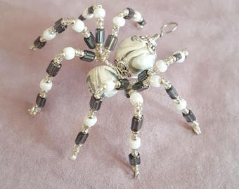 Small Beaded Spider